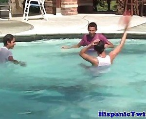 Latin twink at pool in threeway blows load