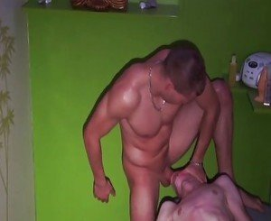 Masseuse abuse a twink in a sauna parlour